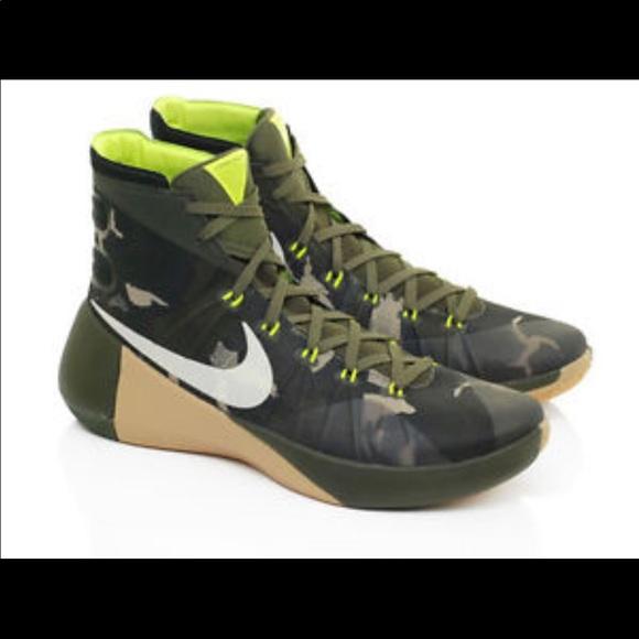 sale retailer c509a 987e2 Nike Hyperdunk 2015 camo shoes. M 5a4d8bdedaa8f626dd039509